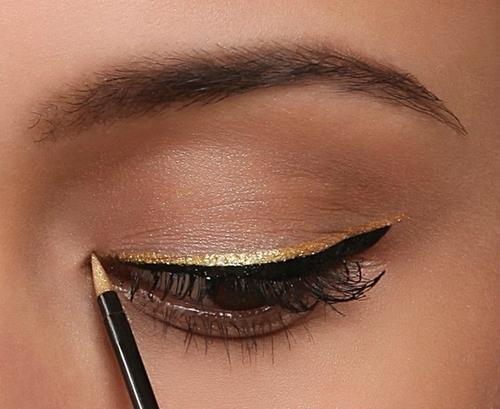 Try eye makeup online