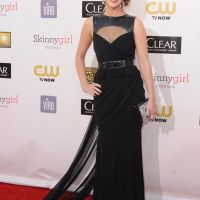 Jennifer Lawrence Stuns in Prabal Gurung Dress!