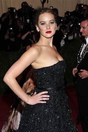 Jennifer side
