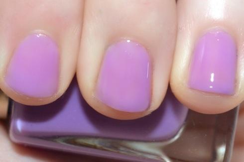 Lilac nails 3