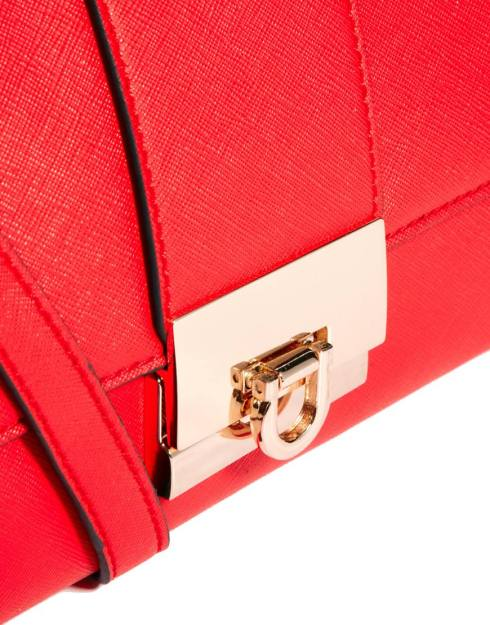 Red bag3