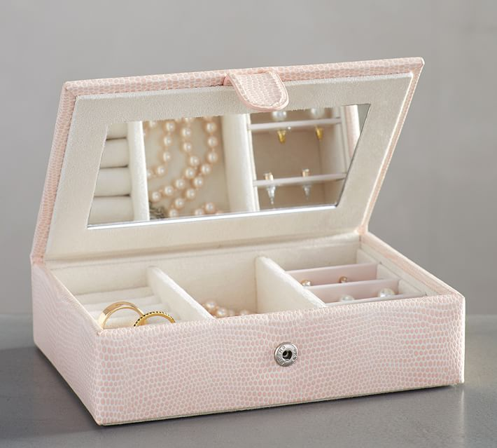 pink jewelry box
